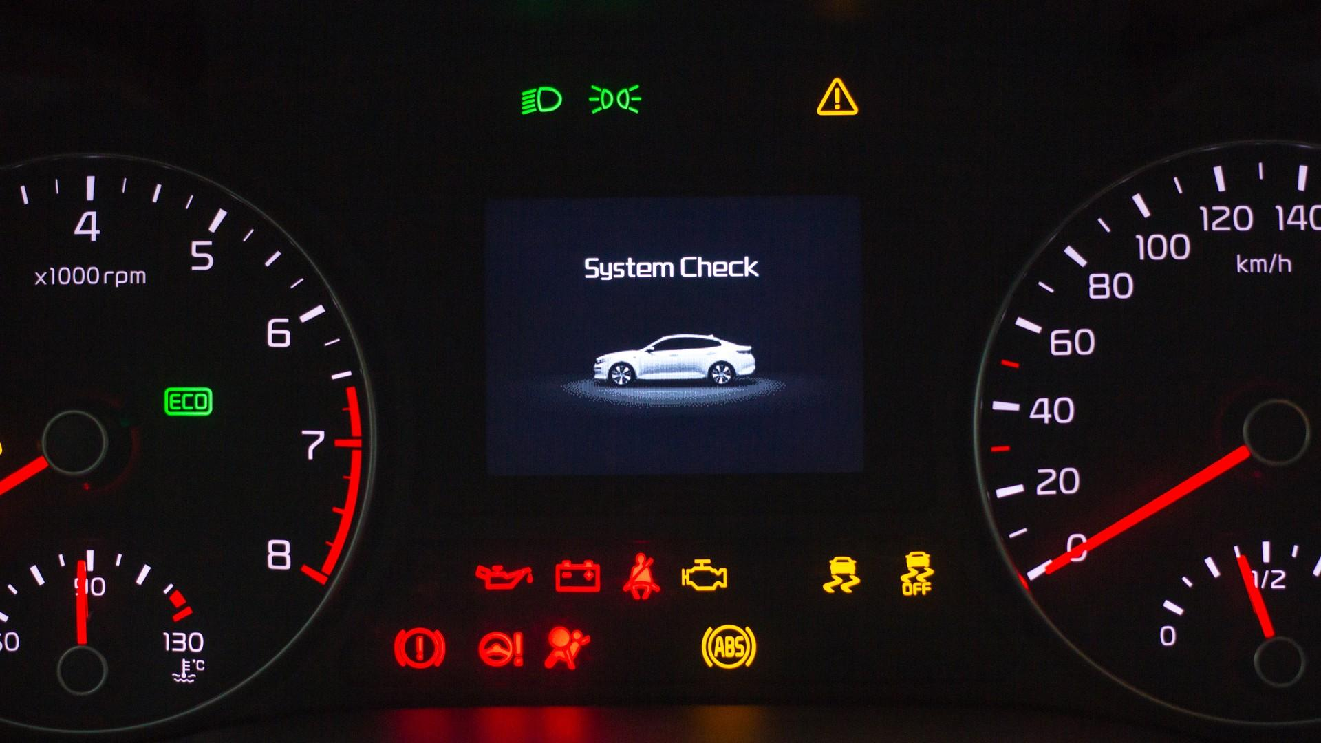 Car dashboard notification ux design