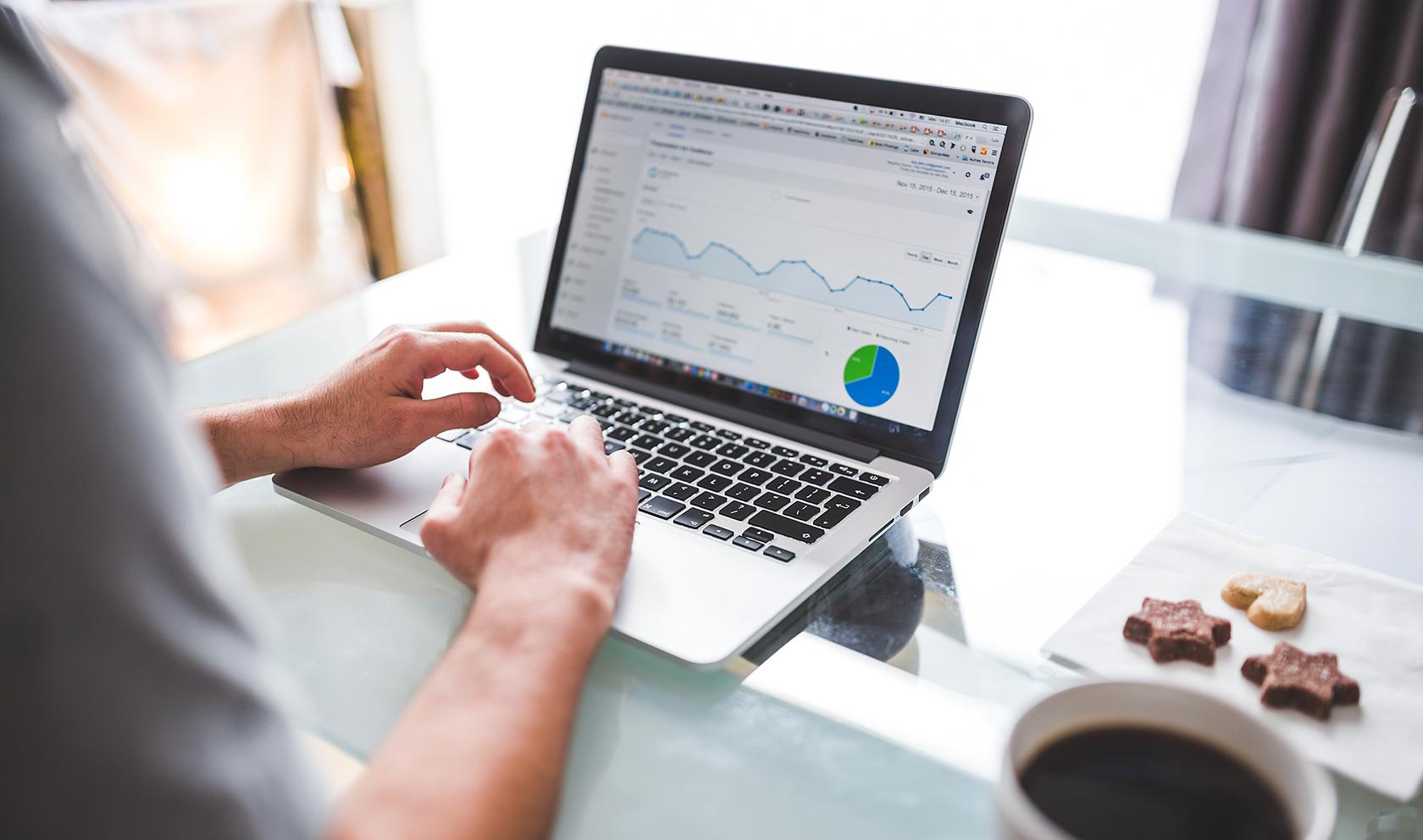 What is UX research: using analytics data for quantitative research study.